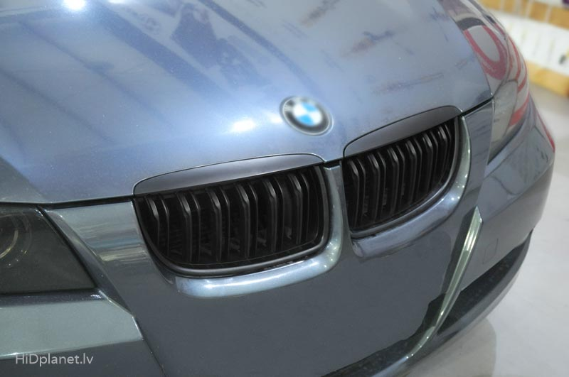 bmw-e90-m-performance-look-reshetka-reste-grill-1